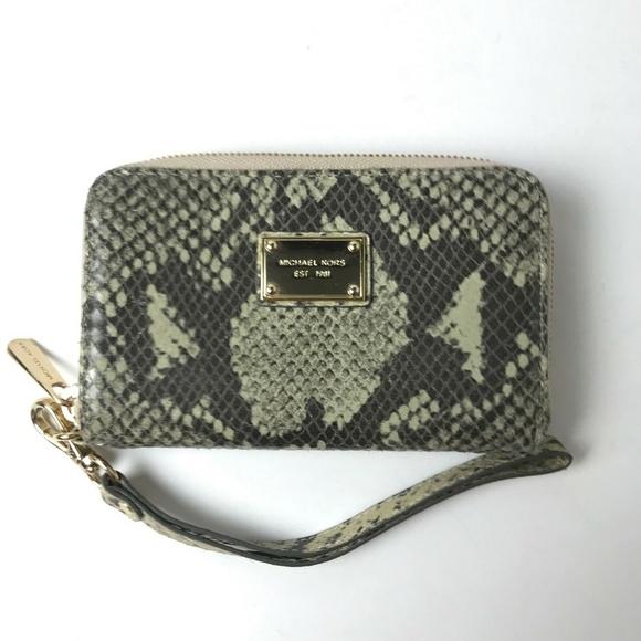Michael Kors Handbags - Michael Kors Gray Snake Skin Wristlet Wallet #1807